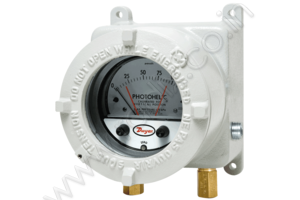 Photohelic® Switch/Gages with 24 VDC Power