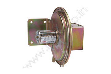 Floating Contact Null Switch for High and Low Actuation